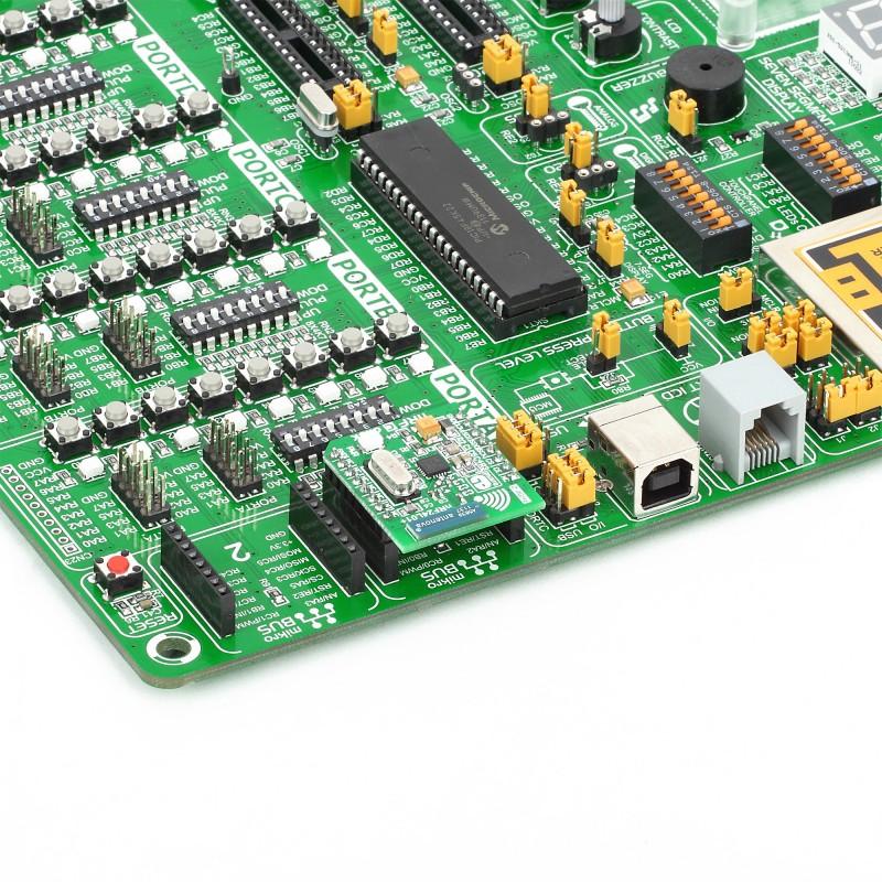 nRF C Click - Breakout board for Nordic nRF24L01P 2 4 GHz RF