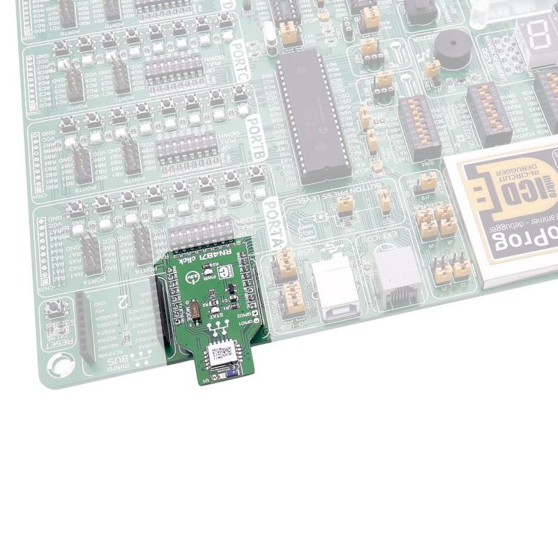 RN4871 Click Board - MikroElektronika